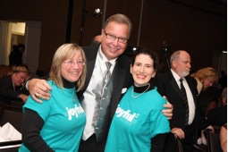 Ron Jaworski with Cathy and Allison